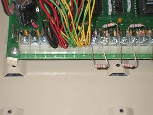 Ademco Vista 10se data bus screw terminals
