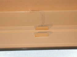 Magnetic reed switch on sliding window
