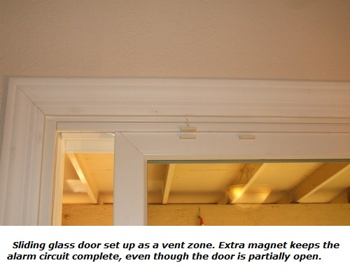 Vent zone using magnetic door switch