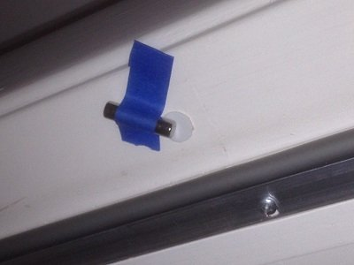 Recessed switch with magnet taped at right angle