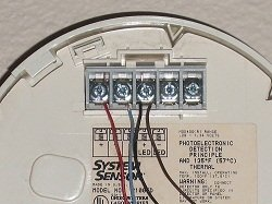 2 wire smoke detector circuit