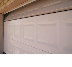 Sectional overhead door